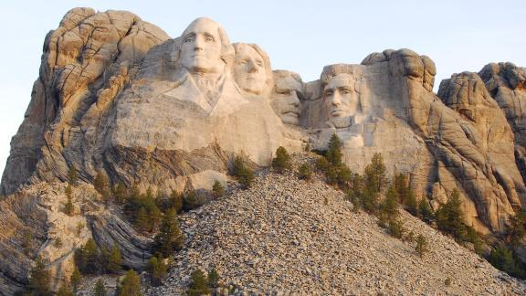 Rushmore Travel South Dakota - Mount-rushmore-on-us-map