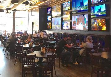 Cubby's Sports Bar & Grill, Brookings