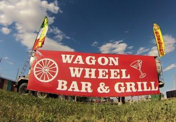 Wagon Wheel Bar & Grill, Interior