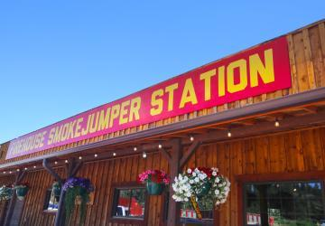 Firehouse Smokejumper Station, Hill City