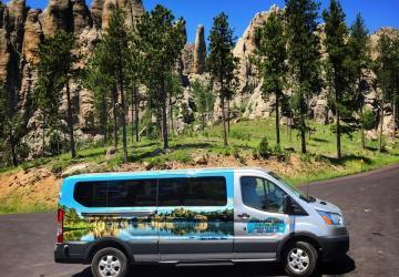 Dave's World Tours & Shuttle Service, Custer