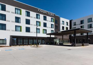 Courtyard By Marriott, WaTiki Indoor Waterpark Resort, Rapid City