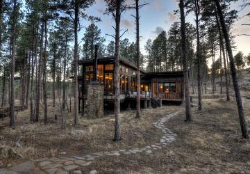 Executive Lodging of the Black Hills, Glass Lodge, Keystone
