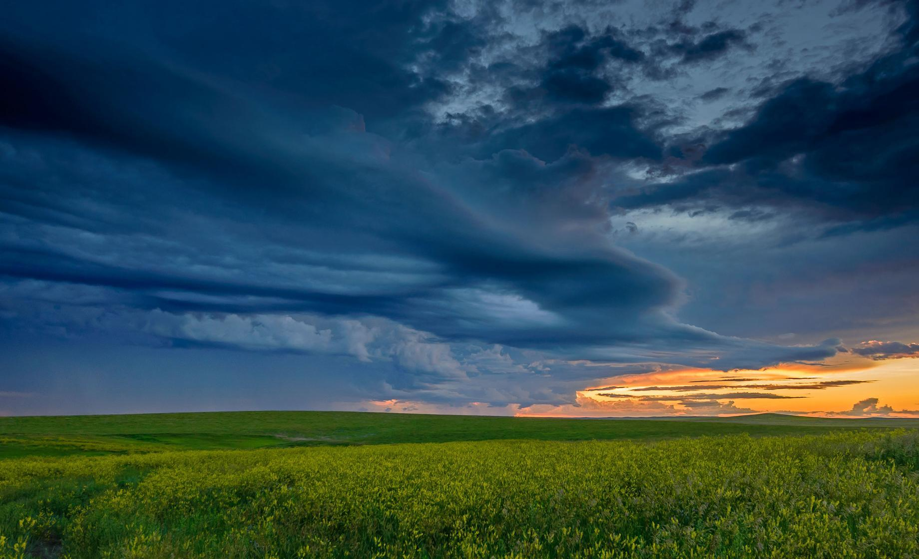 thunderstorm over South Dakota prairie
