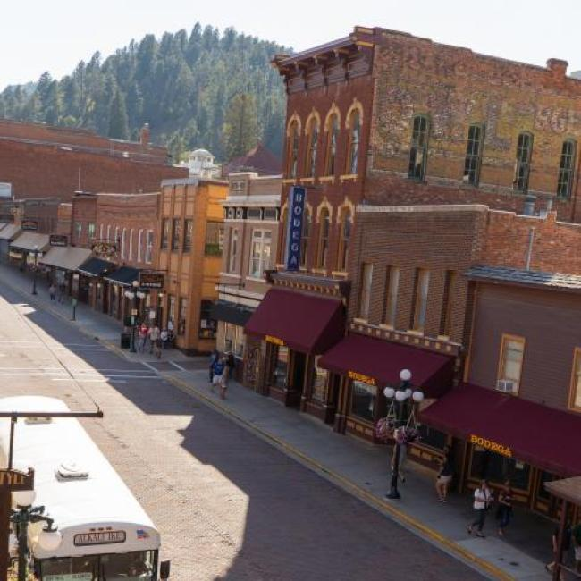Deadwood Alive Gunslingers Main Street Shootout