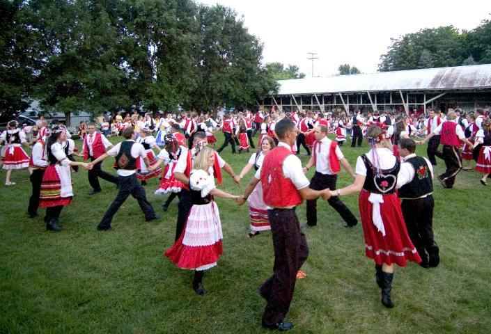 Dancing, Czech Days