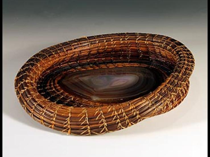 Pine Basket with agate insert