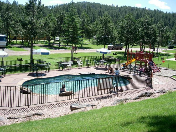 Crooked Creek Heated Pool