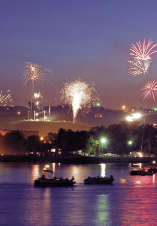 Fireworks over Fort Pierre