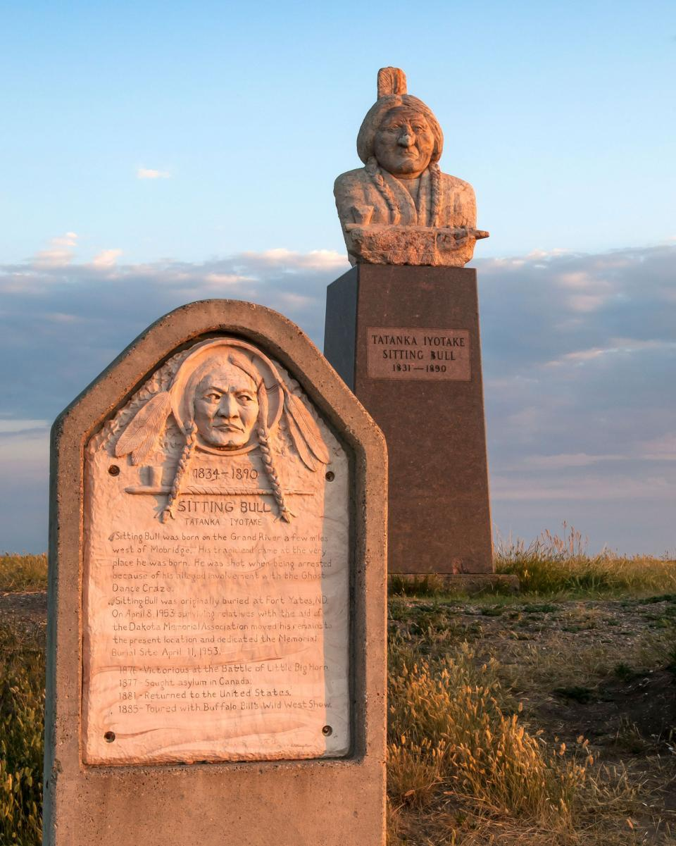 Sitting Bull Monument Native American National Scenic Byway Mobridge