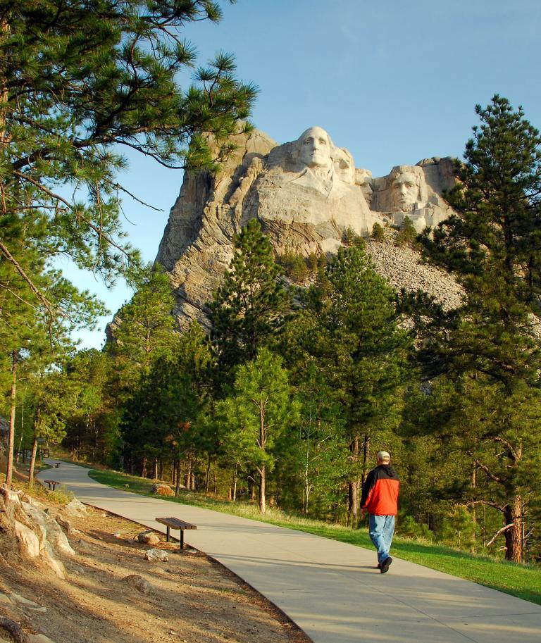 Mount Rushmore, Presidential Trail