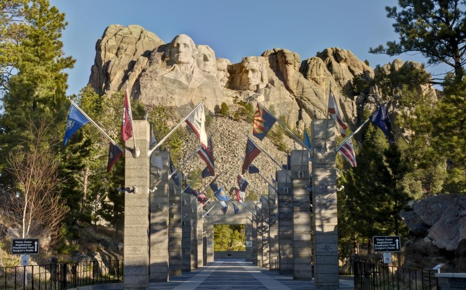 Home - Mount Rushmore National Memorial