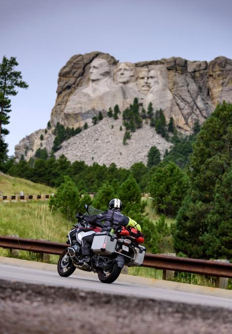 Motorcycle Hwy 16 Mount Rushmore Road